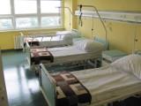 Koronawirus. Szpital w Ostrowie przygotowuje dodatkowe łóżka dla chorych na Covid-19
