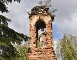 Ciekawa kapliczka we Fredropolu z 1743 r. Została wpisana do rejestru zabytków [ZDJĘCIA]