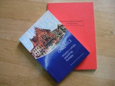 Dwie nowe pozycje wydawnicze pojawiły się na lokalnym rynku.