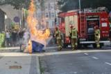 Zamieszki pod komisariatem policji w Lubinie. W ruch poszły kamienie i gaz