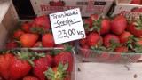 Targowisko w Katowicach - jakie ceny? Pierwsze truskawki w cenie od 15 złotych