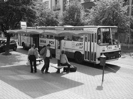 Od wczoraj zmieniła się część tras czterech linii miejskich autobusów.  fot. VIOLETTA GRADEK