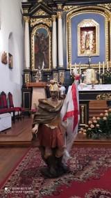 Pleszew. Zabytkowa rzeźba świętego Floriana odzyskała dawny blask