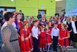 Pierwsza Dama przyjechała do Wierzbicy. Wzięła udział w otwarciu nowoczesnego, gminnego przedszkola i żłobka. Zobacz zdjęcia