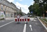 Centrum przesiadkowe przy ul. Piłsudskiego w połowie gotowe ZDJĘCIA
