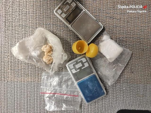 Policja w Piekarach Śląskich zatrzymała 35-latka, który posiadał ponad 500 działek narkotyków!