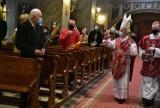 W Niedzielę Palmową biskup Marian Florczyk odprawił mszę świętą w bazylice katedralnej w Kielcach [WIDEO, ZDJĘCIA]