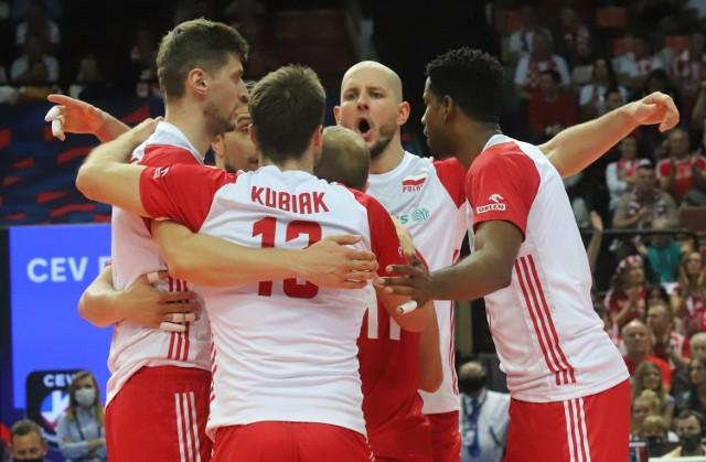 Polska wygrała z Serbią i zdobyła brązowy medal ME   Zobacz kolejne zdjęcia. Przesuwaj zdjęcia w prawo - naciśnij strzałkę lub przycisk NASTĘPNE