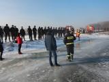 Koło: Pokaz działań ratowniczych na lodzie [ZDJĘCIA]