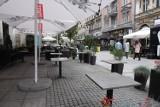 Katowice nie będą blokowały zgód na letnie ogródki przed barami i restauracjami. Nie będzie jednak obniżki opłat za zajęcie pasa drogowego