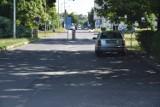 Przed WSS nr 2 dojdzie do tragedii? Źle zaparkowane auta tarasują dojazd karetek do szpitala. Poważny problem jastrzębskiej placówki