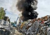 Pożar wysypiska śmieci w Woli Łaskiej  ZDJĘCIA