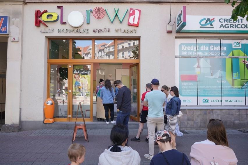 W niedzielne popołudnie w centrum Poznania pojawiło się...