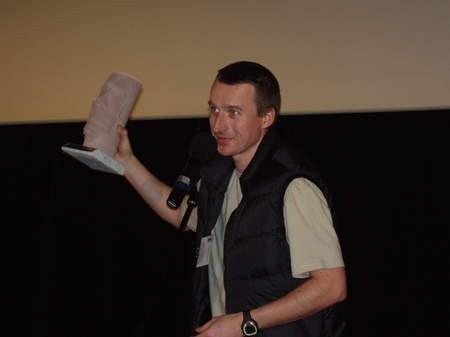 Marcin Miotk, alpinista z Wejherowa, odebrał w sobotę w Gdyni statuetkę Kolosa za wejście na Mount Everest bez tlenu.