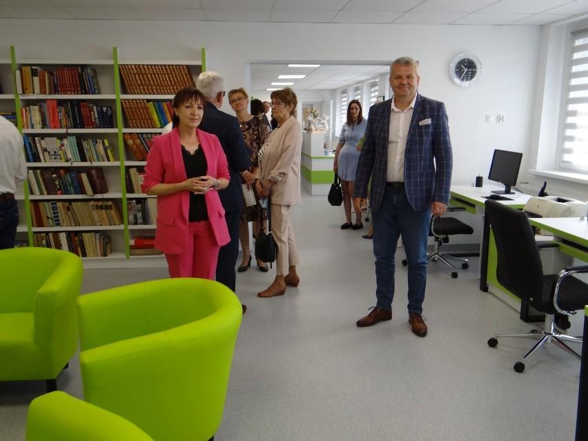 Otwarcie biblioteki w Dobrzycy po gruntownym remoncie
