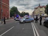 Dramatyczny wypadek w Katowicach. Kierowca autobusu wjechał w grupę osób. Na miejscu zginęła 19-letnia kobieta. W mieście wrze