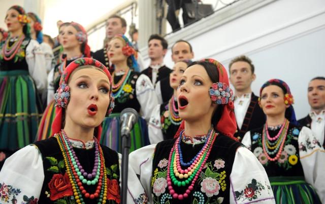 Występy Zespołu Mazowsze zawsze gromadzą sporą widownię. Trzeba się spieszyć z kupieniem biletu.