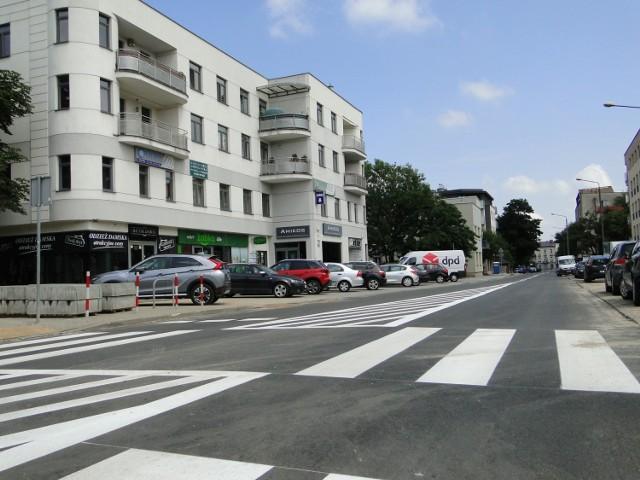 Są już wymalowane znaki na nowej ulicy Waryńskiego.
