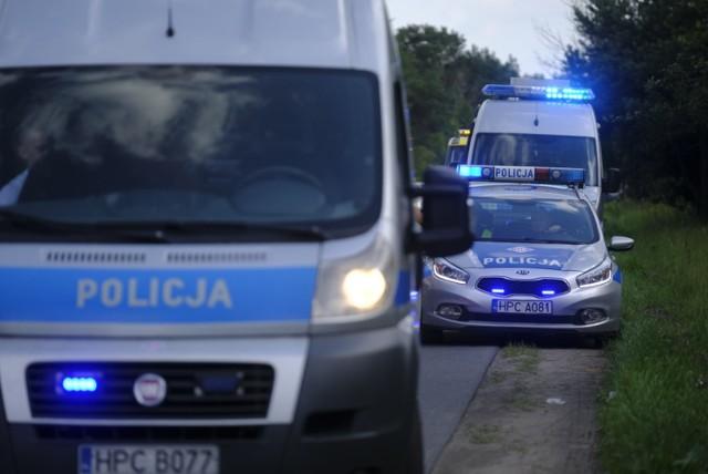 Komenda Główna Policji opublikowała raport dotyczący wypadków na polskich drogach, do których doszło w 2018 roku. W statystykach niechlubny prym wiedzie DK 7 i A4. Nie lepiej jest na DK12.   Czytaj więcej na kolejnych stronach >>>>