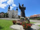 W 2020 roku Sanktuarium Pasyjno - Maryjne w Kalwarii Zebrzydowskiej odwiedziło 300 tysięcy pielgrzymów