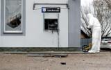 W Przechlewie nieznani sprawcy wysadzili w powietrze bankomat i ukradli pieniądze. Mieszkańcy nie dowierzają w to, co się stało