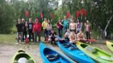 KOBYLIN: Młodzież ze Szkoły Branżowej na spływie kajakowym w Miliczu [ZDJĘCIA]