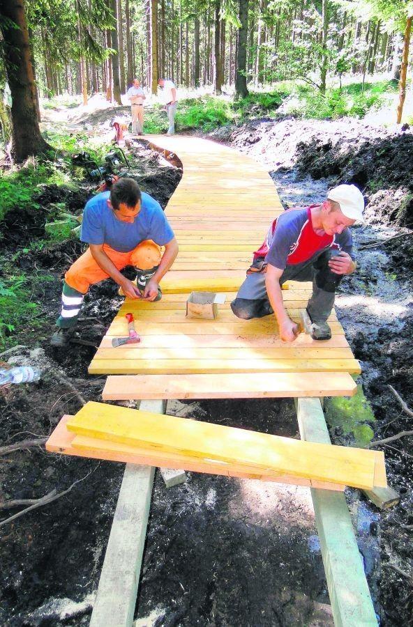 Budowa ścieżek rowerowych w Świeradowie dobiega końca