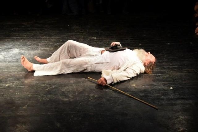"""Spektakl """"Tyrania"""" w wykonaniu Teatru Terminus a Quo"""