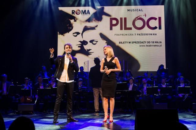 """Musical """"Piloci"""" w Teatrze Roma. Opowieść o miłości z wojną w tle. Będzie kolejny hit?"""