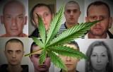 Małopolska. Dilerzy narkotyków poszukiwani przez policję