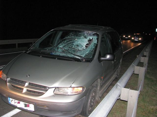 Wypadek na DK 19 w m. Chraboły. Potrącony pieszy trafił do szpitala