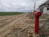 Wschowa. Mieszkańcy Osiedla Zacisze doczekali się sieci wodociągowej i kanalizacyjnej [ZDJĘCIA]