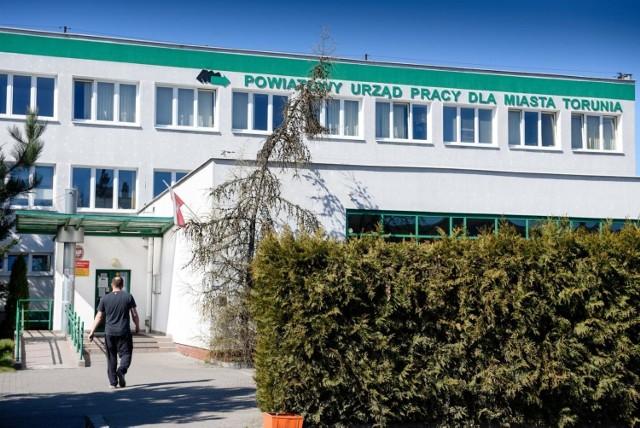 Oto najnowsze oferty pracy z Powiatowego Urzędu Pracy w Toruniu. Sprawdź, kto obecnie ma szanse na zatrudnienie!   SZCZEGÓŁY NA KOLEJNYCH STRONACH >>>>>