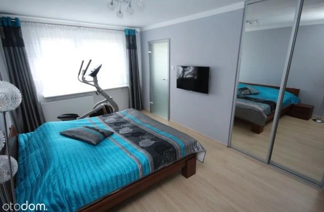 Tę ofertę znajdziecie na portalu otodom.pl   CENA 480 000 zł cena za metr kw. 4000 zł  Powierzchnia: 120 m² Liczba pokoi: 5 Piętro: 1 Liczba pięter: 4  Mieszkanie jest po generalnym remoncie.