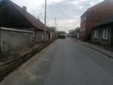 Gmina Chocz. Trwa remont ulicy Grodzieckiej. Modernizacji podlega odcinek liczący niespełna 500 metrów
