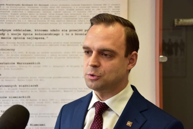 Tomasz Greniuch nie jest pracownikiem już Instytutu Pamięci Narodowej. Prezes IPN poinformował o zwolnieniu