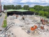 Trwa rozbudowa spalarni śmieci na Targówku. Dzięki niej spadną rachunki za wywożenie odpadów. ''To przyszłość całej Warszawy''
