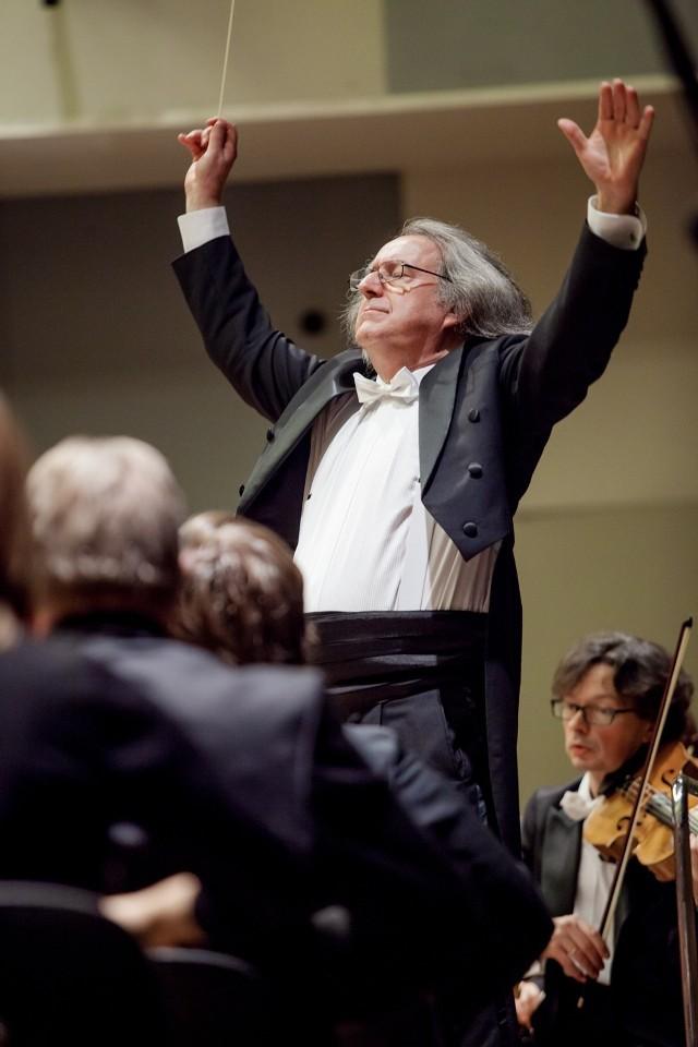 Maestro Marek Pijarowski i Orkiestra Symfoniczna NFM