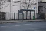 Fatalny stan zatok autobusowych na ul. Bankowej w Kaliszu ZDJĘCIA