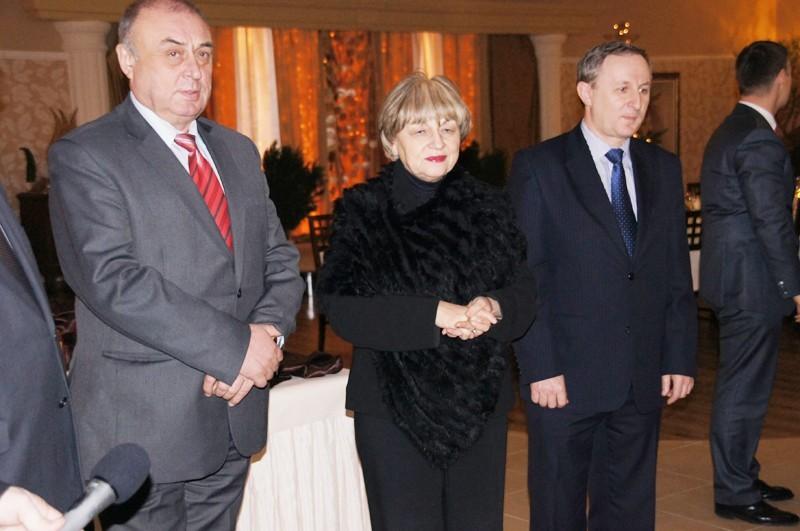 Wiceprezes Włodzimierz Bas (z lewej) złożył rezygnację....
