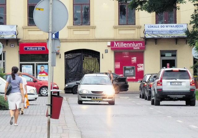 Kierowcy z Radomska i ci przejeżdżający przez miasto, czekają na budowę obwodnicy