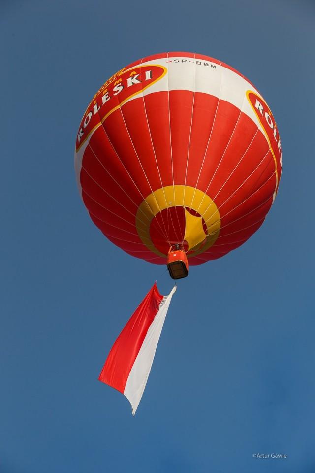 Baloniarze z Mościckiego Klubu Balonowego zorganizowali niezwykłe widowisko