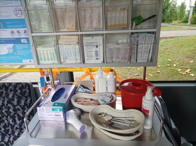 Mobilny Punkt Szczepień w Gdańsku gotowy jest na przyjęcie wszystkich chętnych, którzy chcą skorzystać ze szczepienia przeciwko COVID-19.