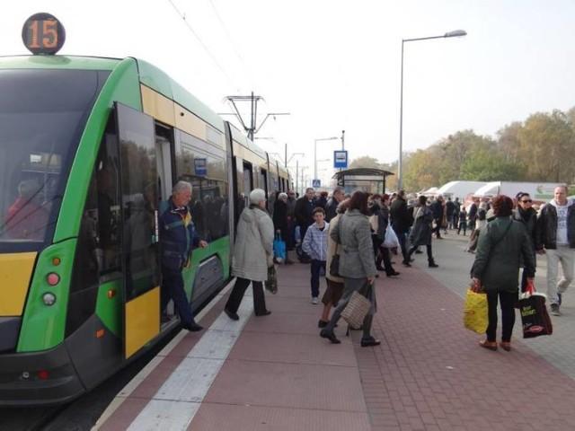 Duże ułatwienie dla poznańskich pasażerów. Poznaniacy będą mogli korzystać z dodatkowych kursów.  Przejdź dalej i sprawdź szczegóły --->