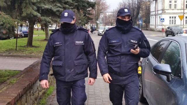 Protest policjantów w Piotrkowie. Wielu funkcjonariuszy KMP Piotrków na zwolnieniach L4