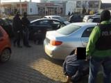 Po narkotyki z mamą: Poznańska policja zatrzymała pięć osób