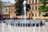 Fontanna na Placu Litewskim znów zamieniła się w basen