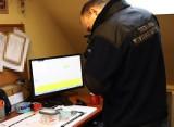 Policjanci z Bytowa zatrzymali dealera narkotyków. Doprowadził ich kupujący
