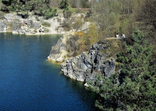 Kamieniołom w Piechcinie. Ze względu na specyficzny krajobraz, miejsce to nazywane jest polską Chorwacją. Zobaczcie zdjęcia >>>>
