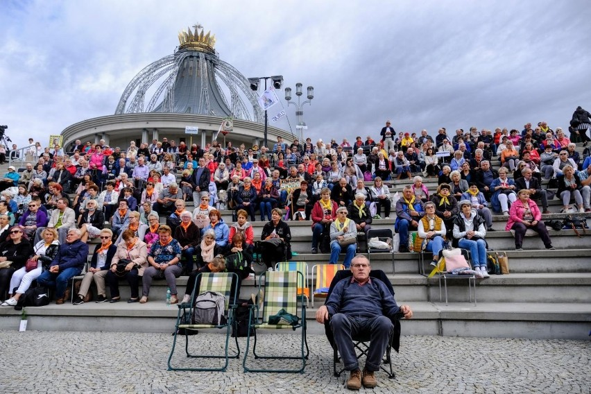 Okazuje się, że WSKSiM w Toruniu otrzymała większość środków...